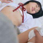 【佐々木良子】清楚な女子校生が制服着衣のままハメられて可愛らしい声で喘ぎながら中出しされる
