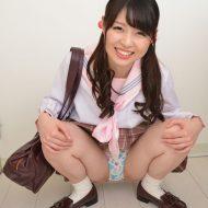 【あおいれな】ツインテールのセーラー服ロリ女子校生が元気にパンチラ
