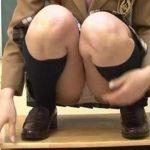 【伊藤りな】清楚な美少女JKが脱ぎたてパンティを手に持って見せる